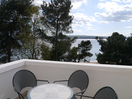 Hotel Galija view on the beach